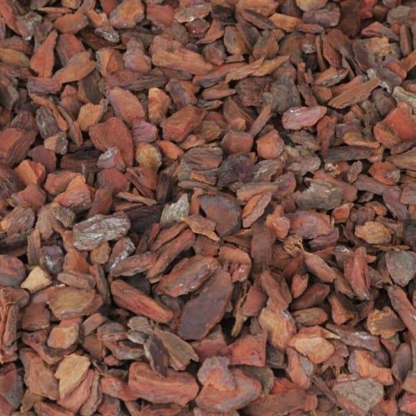 Pose de paillis végétal et minéral à Rognac